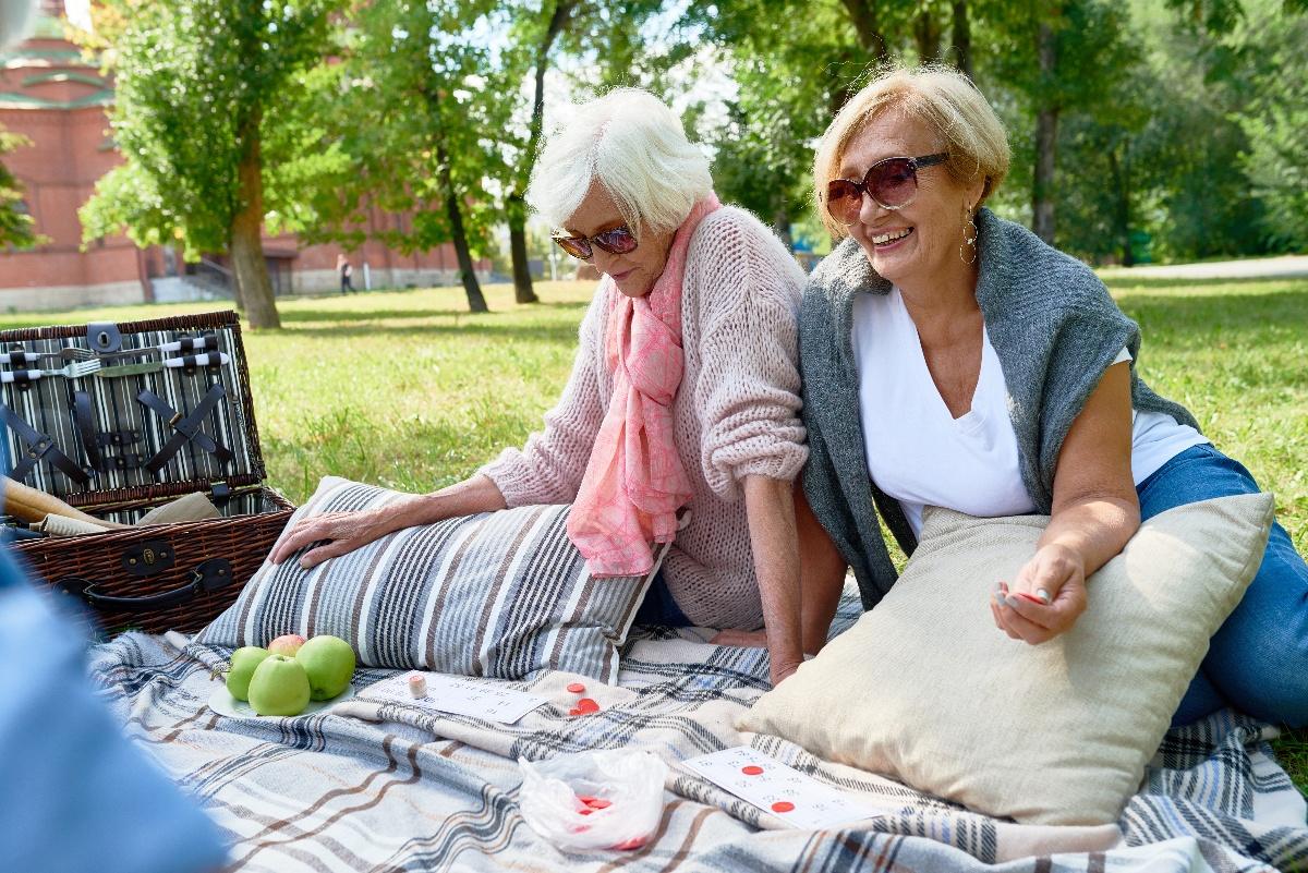 older adult women having a picnic